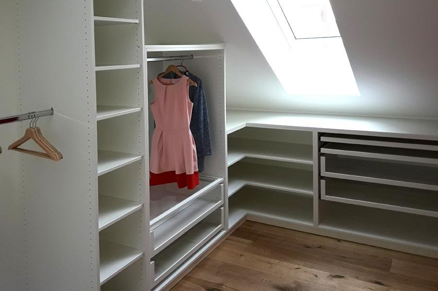 Begehbarer Kleiderschrank | Referenzen und Projekte | Tischlerei ...